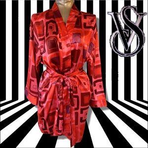 VS Satin Pink and Red Square Geometric Print Robe